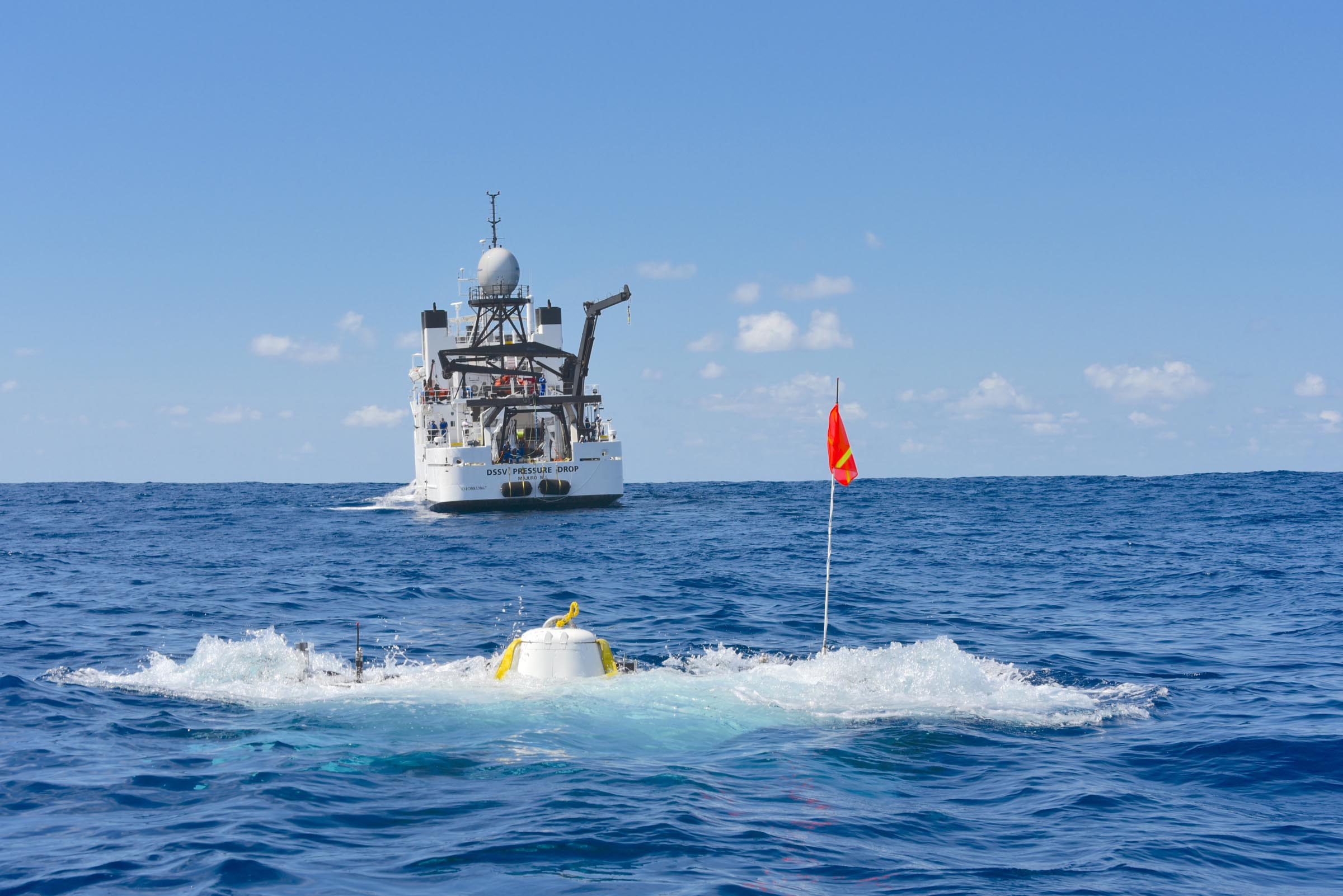 The DSV Limiting Factor descending to the deepest point of the Indian Ocean